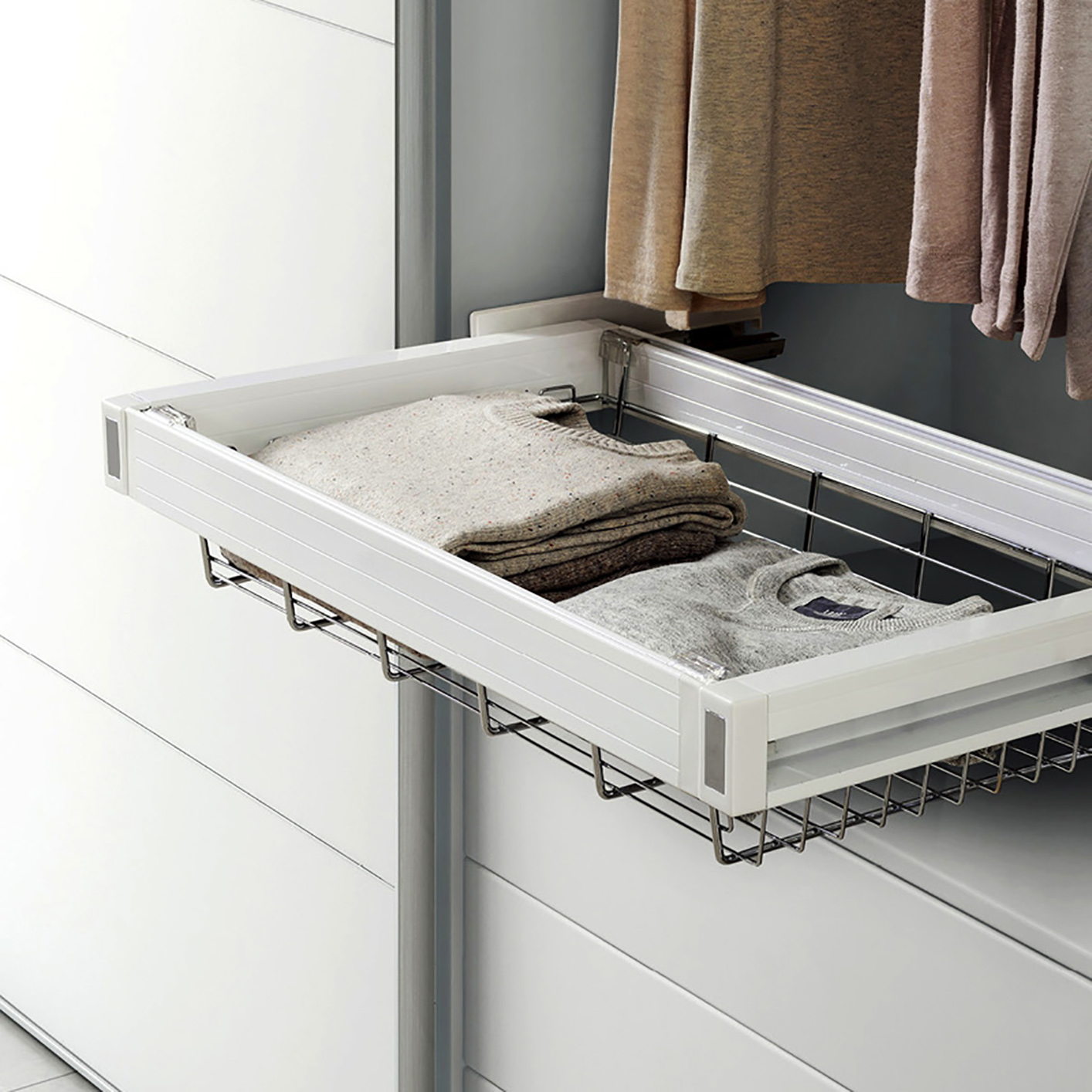 Kitchen Wardrobe Accessories: Symmetry Basket Pull-Out Soft Close (600mm Cabinet